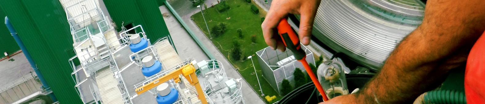 SERAC Trabajos Verticales Sector Industrial en Cantabria